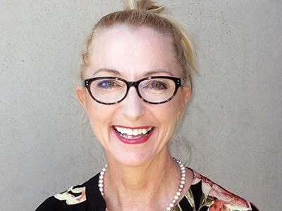 Dr Leeana Kent